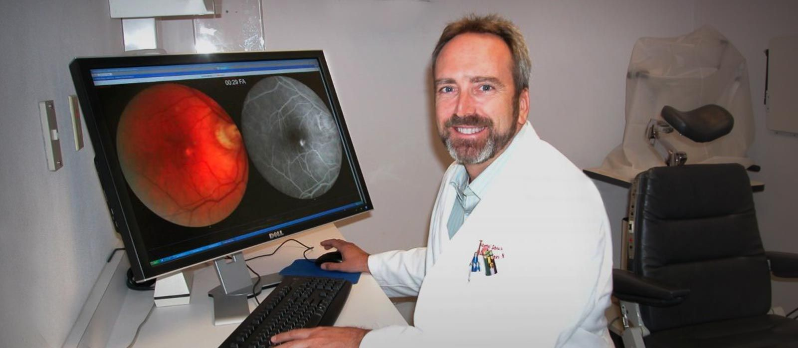 Dr. William Rodden viewing retina scan